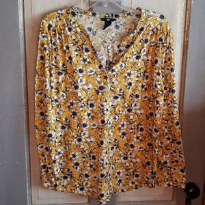H & M yellow floral blouse